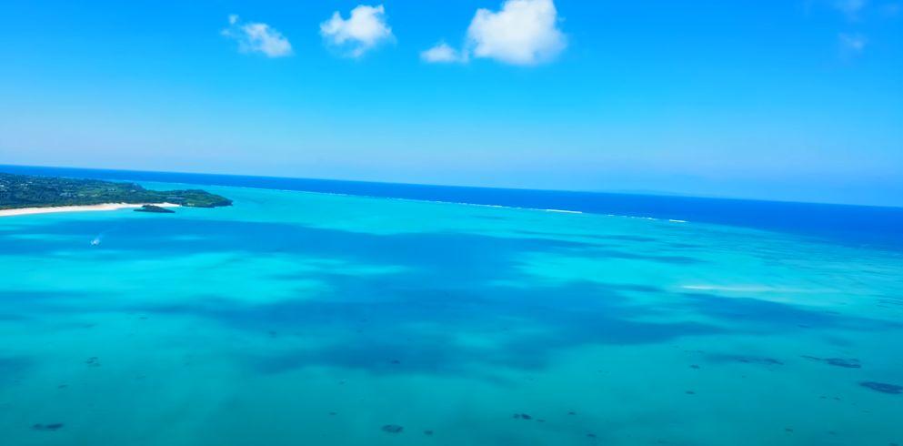 上空から見た与論島