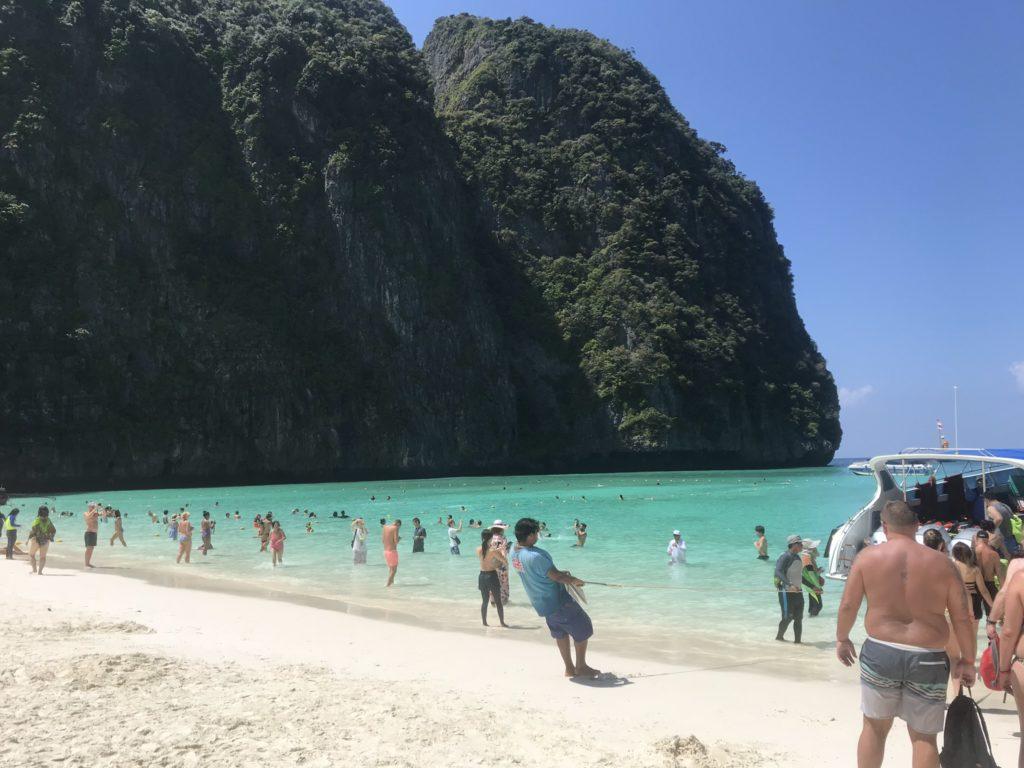 ピピ・レイ島の海