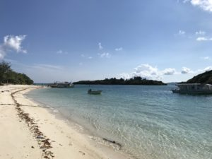 川平湾の砂浜