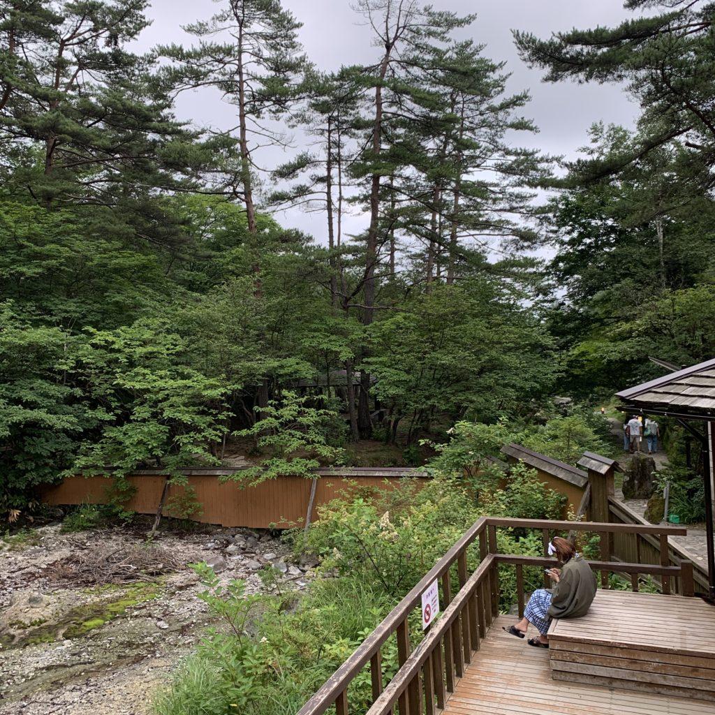 西の河原露天風呂 テラス