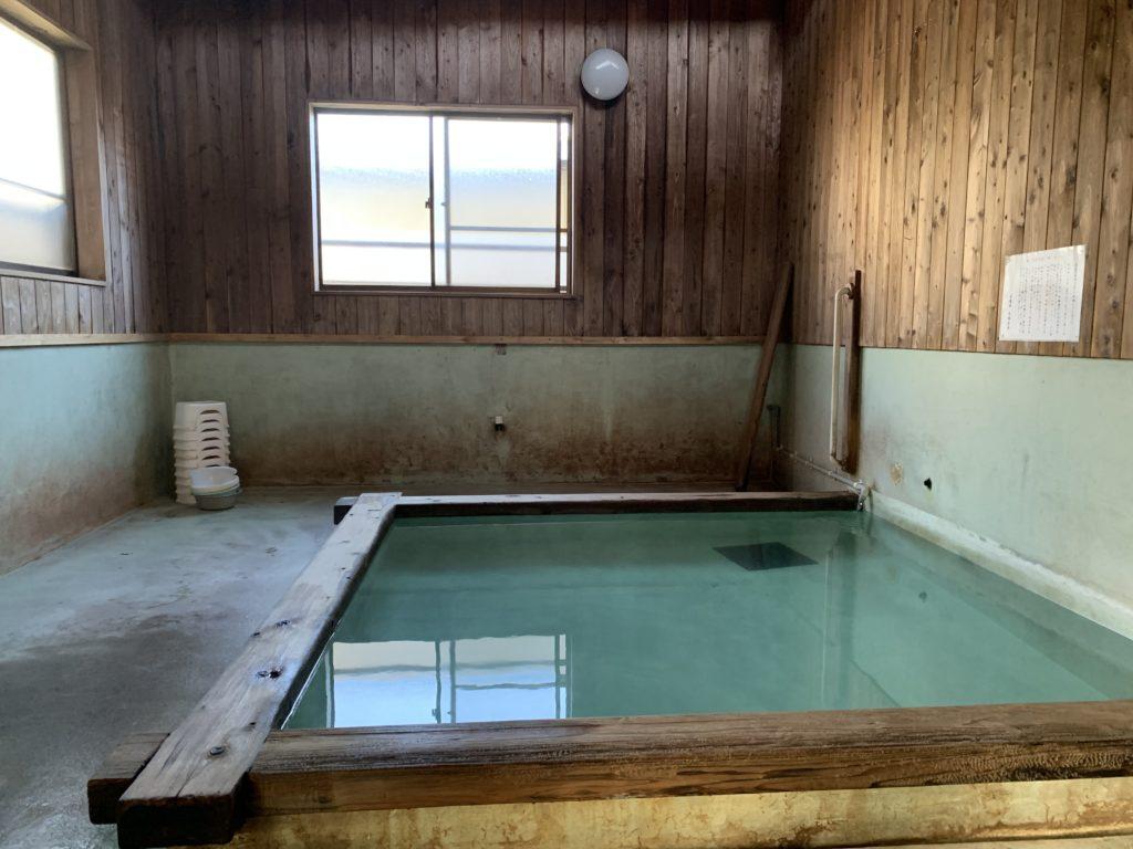 巽の湯の浴場