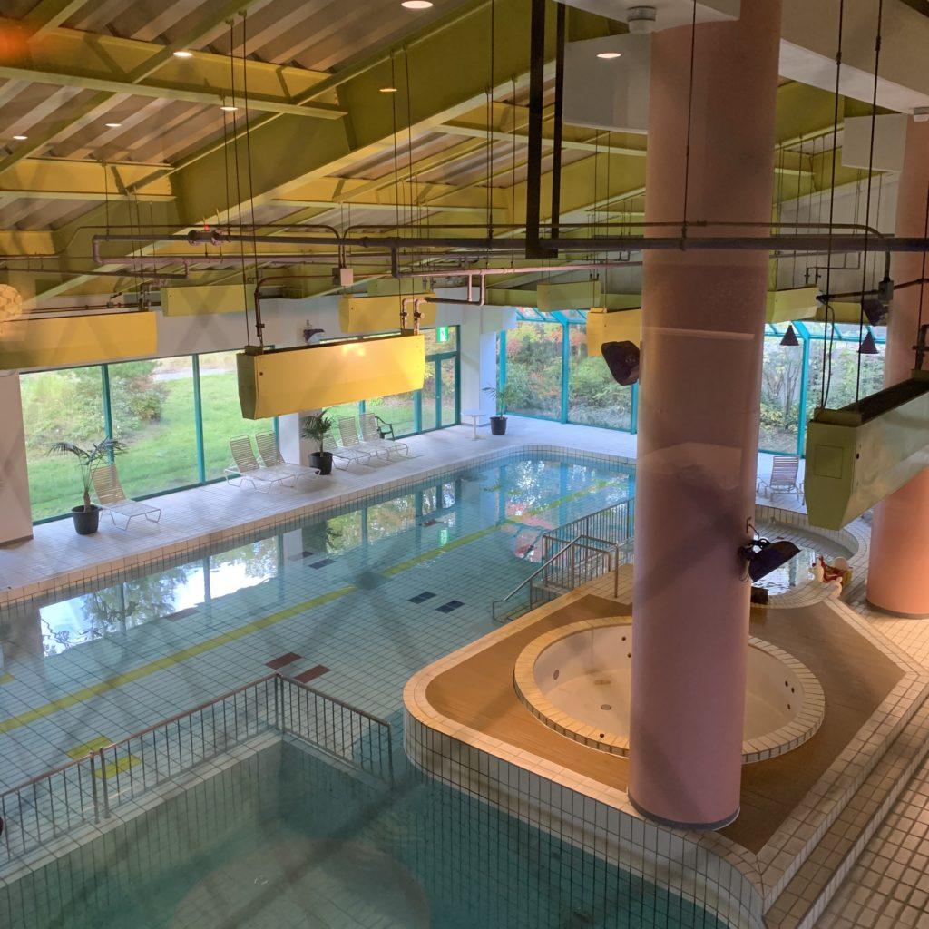 草津ナウリゾートホテルの温水プール