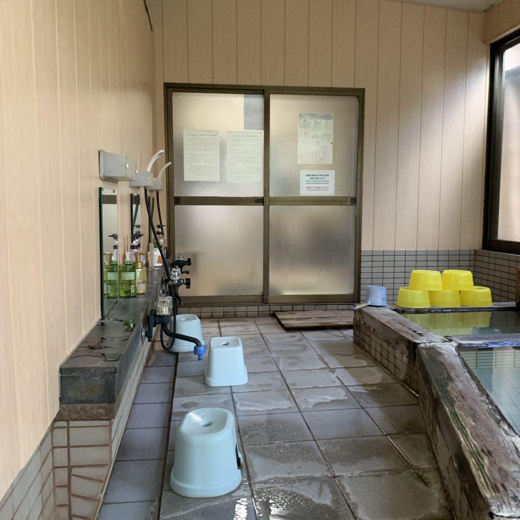 桐島屋旅館の浴場