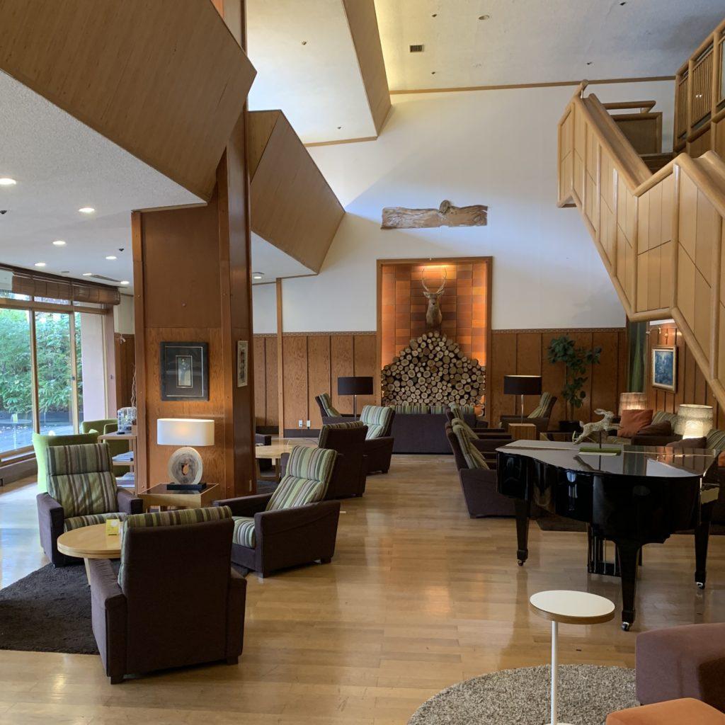 草津ナウリゾートホテル一階の待合場