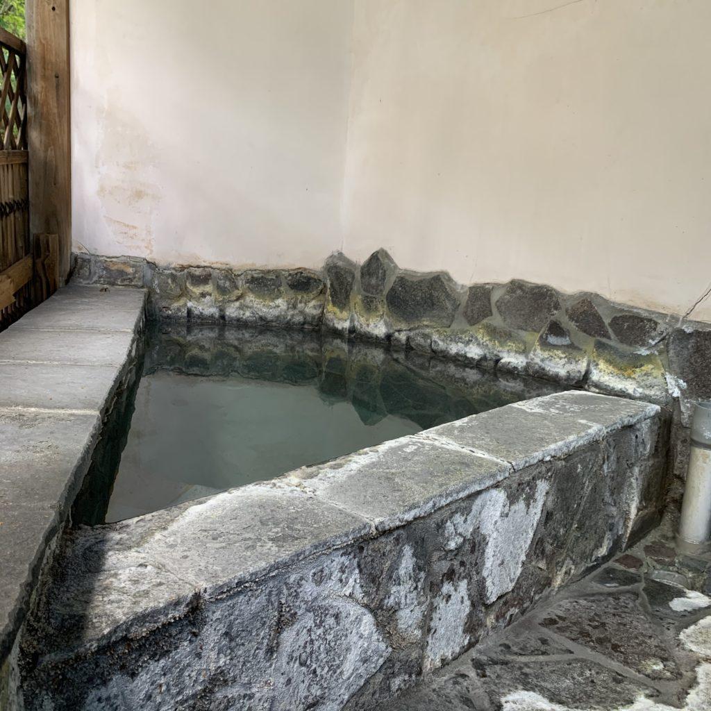 桐島屋旅館の露天風呂