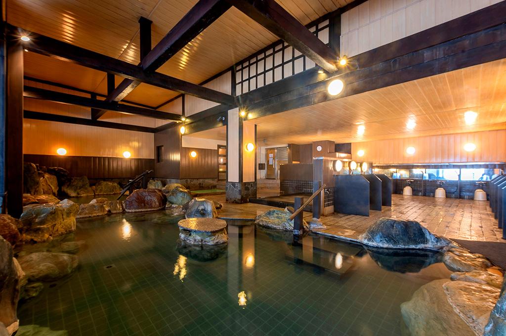 草津ナウリゾートホテルの大浴場