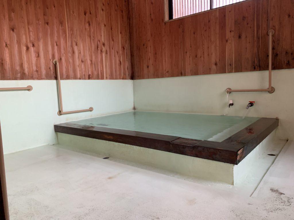睦の湯の浴場