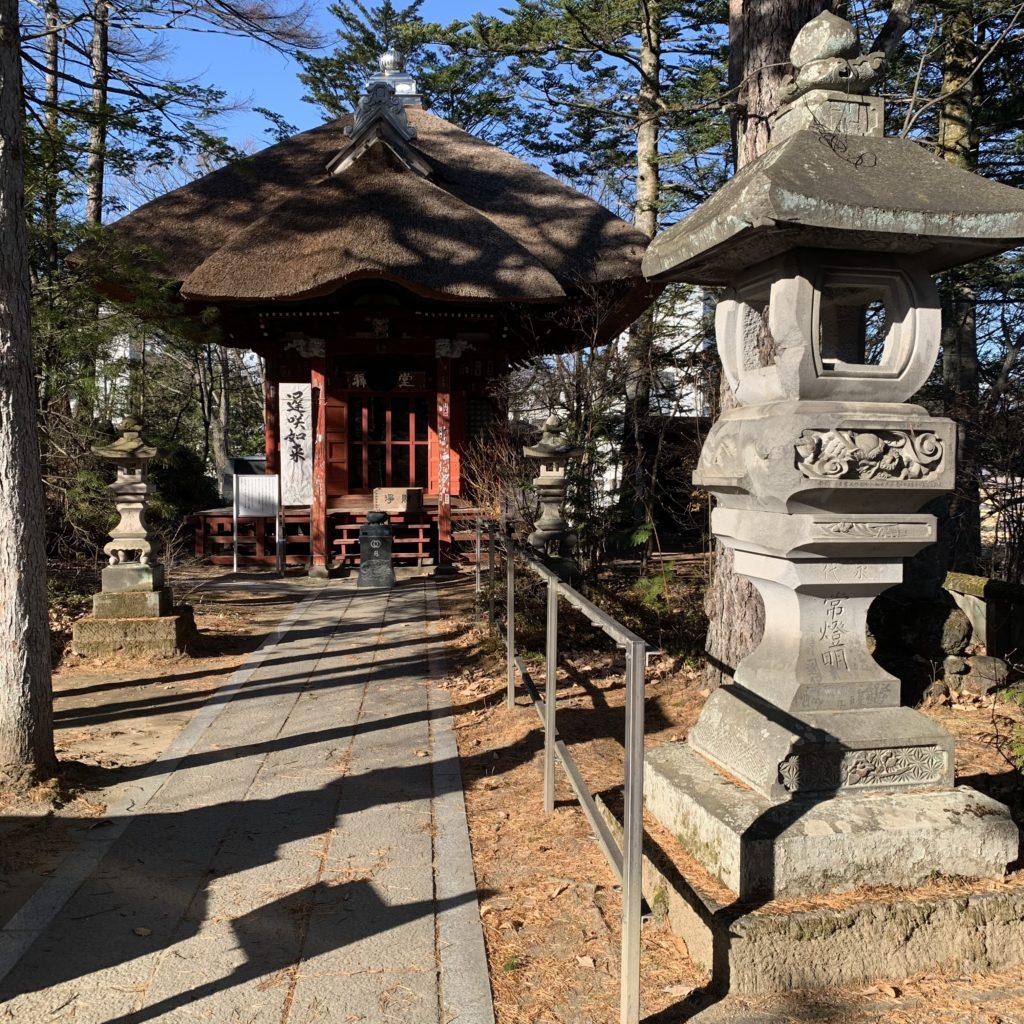 光泉寺の釈迦堂