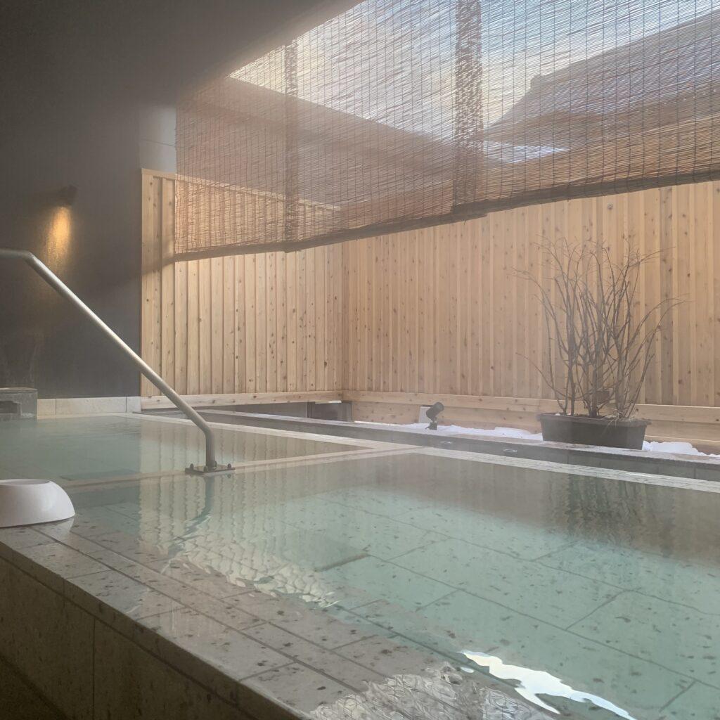 草津ホテルの露天ふたつ湯