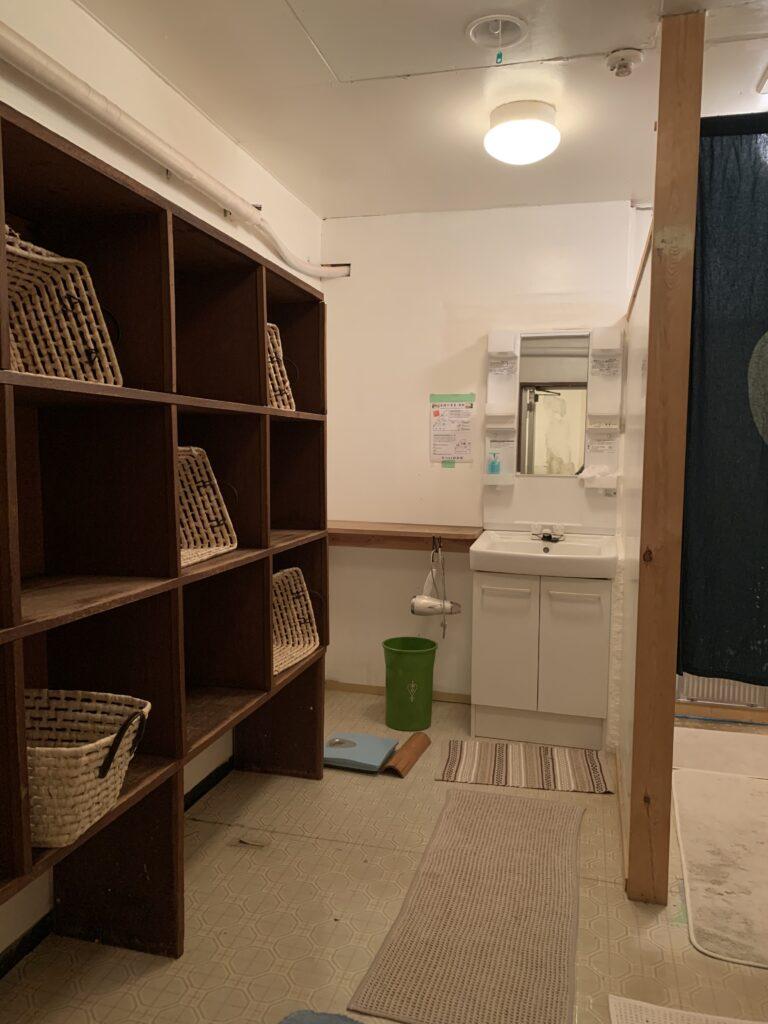 飯島館の大浴場の脱衣場