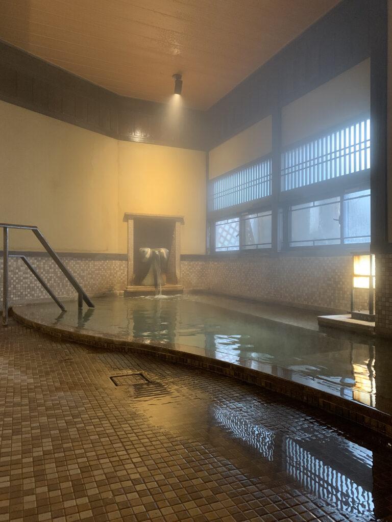 白川屋のこっぱい風呂