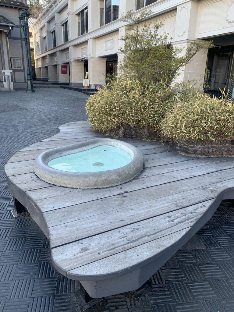 ホテル一井前の手湯