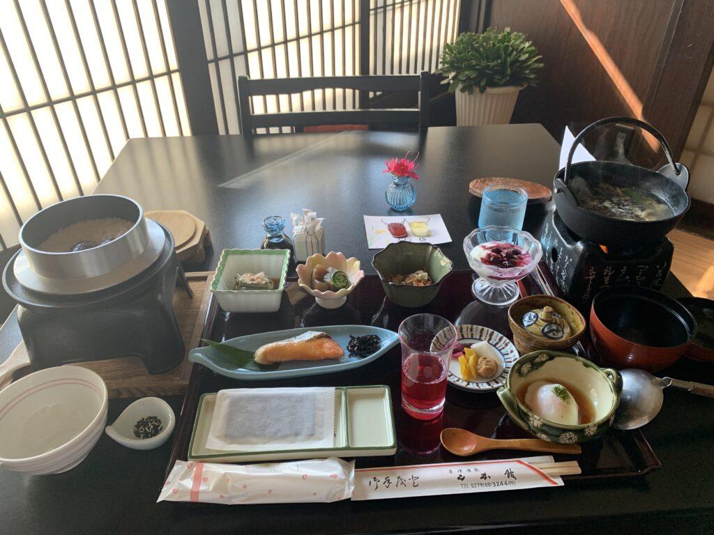山本館の朝食