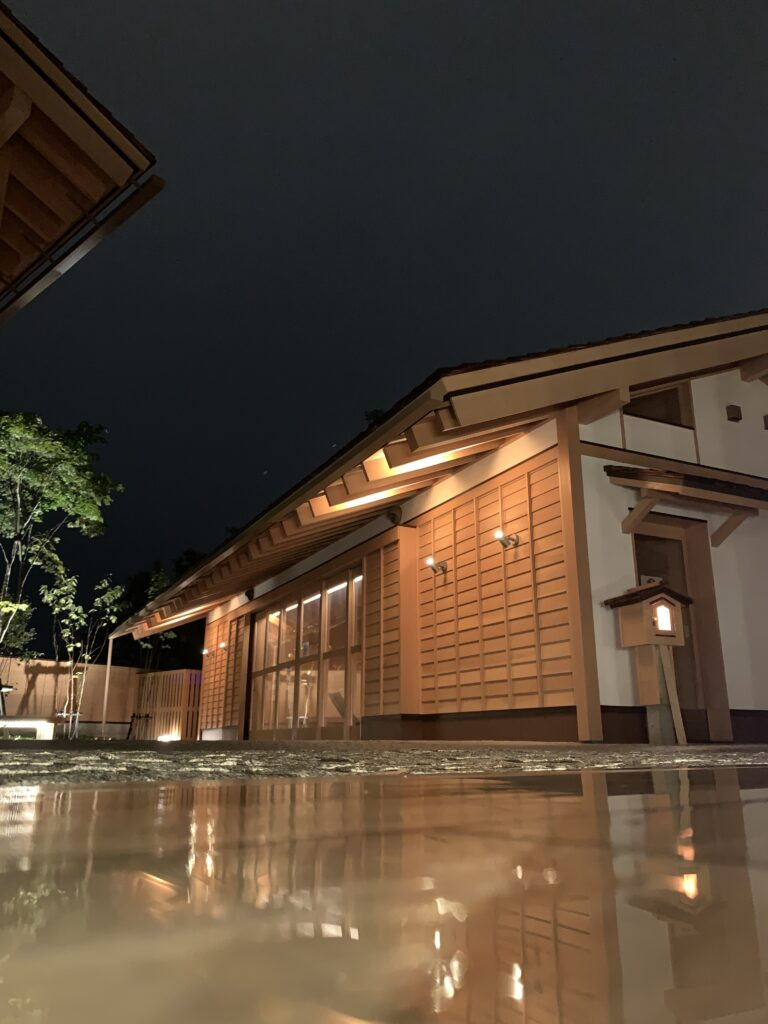 裏草津のライトアップ